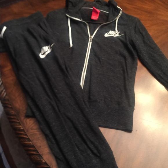 b589b1284b Nike hoodie jogger set. M_5b304245c61777cd2296c9a4